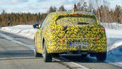 Nuova Opel Astra 2021: visuale di 3/4 posteriore
