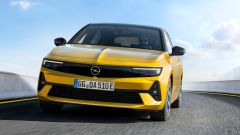 Nuova Opel Astra, plastica facciale e trapianto di cuore (ibrido) - Immagine: 3
