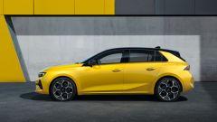 Nuova Opel Astra, plastica facciale e trapianto di cuore (ibrido) - Immagine: 10