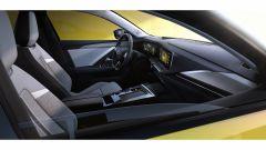 Nuova Opel Astra, plastica facciale e trapianto di cuore (ibrido) - Immagine: 15