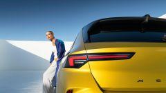 Nuova Opel Astra, plastica facciale e trapianto di cuore (ibrido) - Immagine: 19