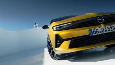 Nuova Opel Astra, dettaglio della calandra Opel Vizor