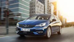 Nuova Opel Astra Sports Tourer, vista dal lato sinistro