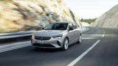 Nuova Opel Corsa 2020: la Elegance su strada