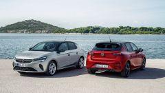 Nuova Opel Corsa 2020: la versione Elegance (grigia) e GS Line (rossa)