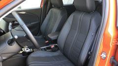 Nuova Opel Corsa-e: i sedili anteriori rivestiti in pelle (optional)