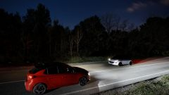 Nuova Opel Corsa-e: l'efficacia dei fari a matrice di LED