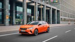Nuova Opel Corsa-e: nel video la prova su strada