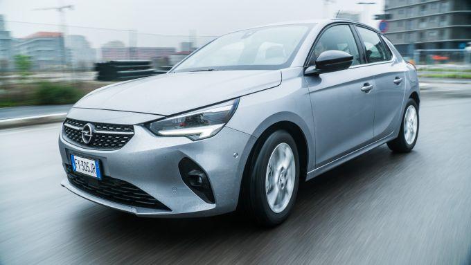Nuova Opel Corsa vista 3/4 anteriore