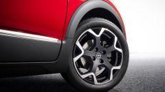 Nuova Opel Crossland: dettaglio dei cerchi in lega