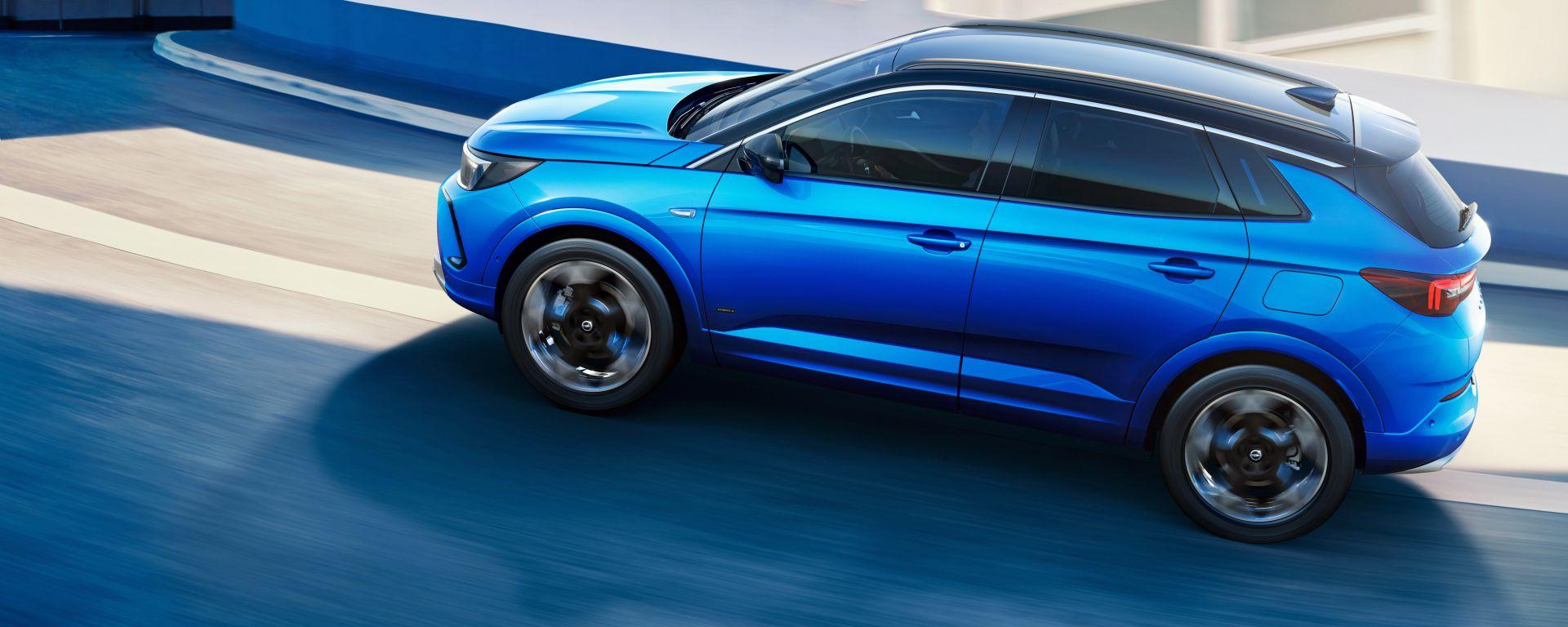 Nuova Opel Grandland 2021, ordini al via. Motori e prezzi