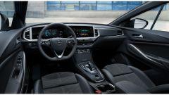Nuova Opel Grandland 2021, ordini al via. Motori e prezzi - Immagine: 6