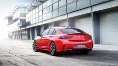 Nuova Opel Insignia GSi posteriore