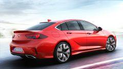 Nuova Opel Insignia GSi, una Insignia da 260 cv