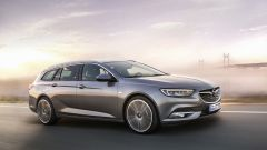 Nuova Opel Insignia Sports Tourer, debutta al Salone di Ginevra 2017