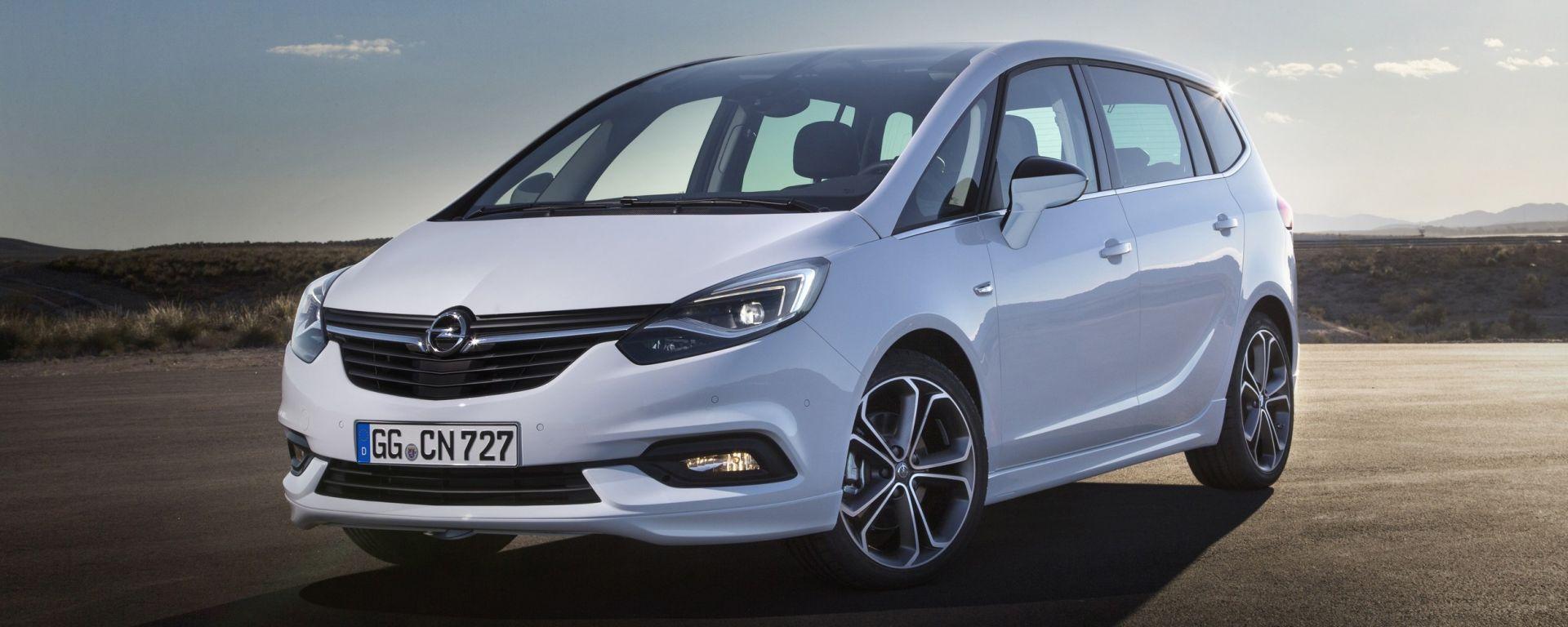 Nuova Opel Zafira 2017: nuovo look e più tecnologia