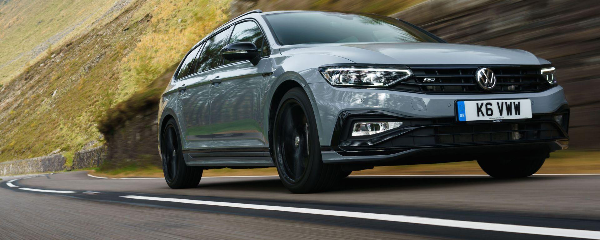 Nuova Passat B9 2023: come cambia l'auto di famiglia tedesca