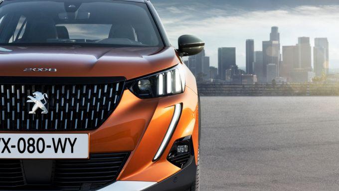 Nuova Peugeot 2008, anche elettrica