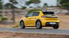 Nuova Peugeot 208: benzina o diesel? Ecco la prova su strada - Immagine: 3