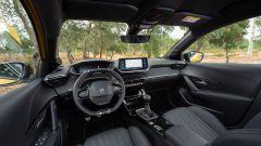 Nuova Peugeot 208: benzina o diesel? Ecco la prova su strada - Immagine: 13