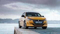 Nuova Peugeot 208: benzina o diesel? Ecco la prova su strada - Immagine: 26