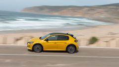 Nuova Peugeot 208: benzina o diesel? Ecco la prova su strada - Immagine: 31