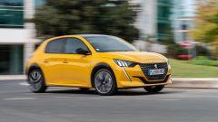 Nuova Peugeot 208: benzina o diesel? Ecco la prova su strada - Immagine: 32