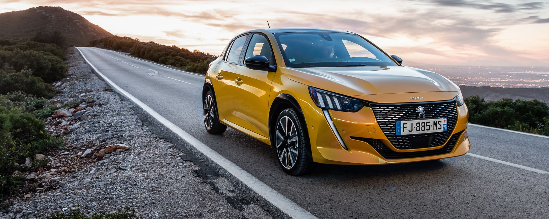 Nuova Peugeot 208 2019: la prova su strada in video