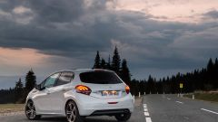 Peugeot 208 Black Line: 1.200 modi per sorprendere - Immagine: 7
