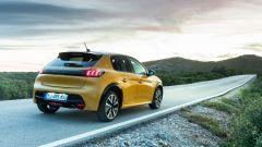 Nuova Peugeot 208, vista 3/4 posteriore