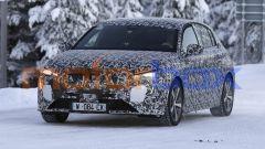 Nuova Peugeot 3008 2022, avrà le luci diurne a forma di zanne del Leone