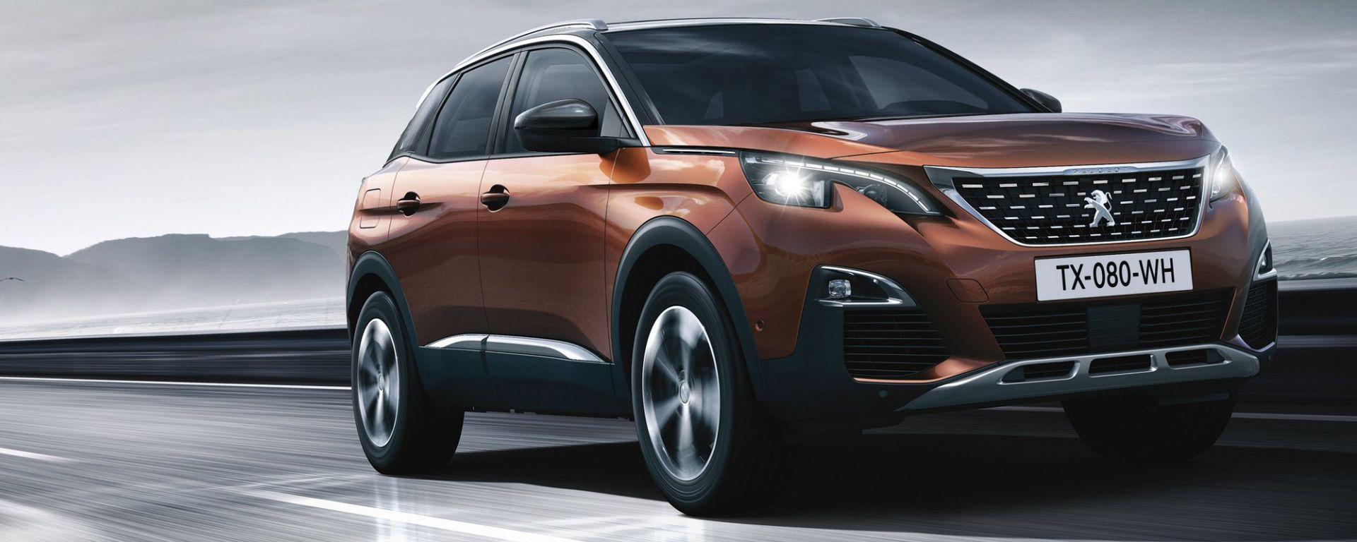 Nuova Peugeot 3008, i motori: a benzina ci sono il 1.2 PureTech da 130 cv e il 1.6 THP da 165 cv