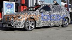 Peugeot 308: la terza generazione è quasi pronta. Nuove foto spia - Immagine: 1