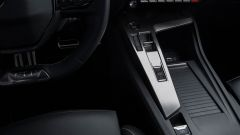 Nuova Peugeot 308: il tunnel con selettore del cambio automatico e dei profili di guida