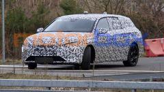 Nuova Peugeot 308 SW: frontale con lo stesso look dei modelli più recenti