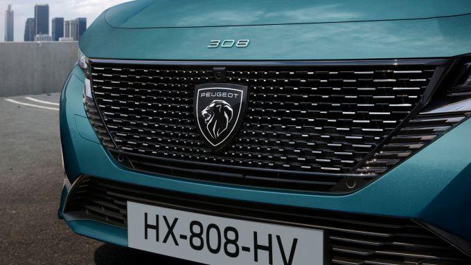 Nuova Peugeot 308 SW: la calandra con il nuovo logo Peugeot