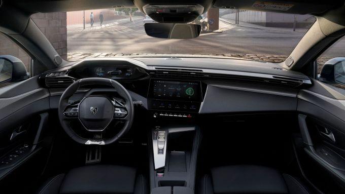Nuova Peugeot 308 SW: l'abitacolo