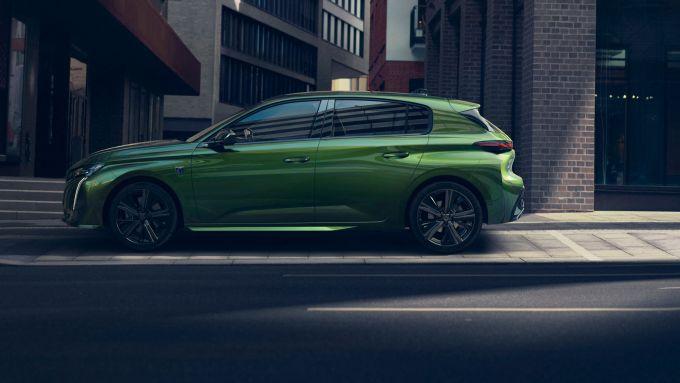 Nuova Peugeot 308: visuale laterale