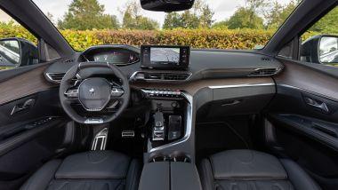 Nuova Peugeot 5008 2021, gli interni