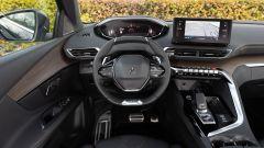 Nuova Peugeot 5008 2021, il posto di guida