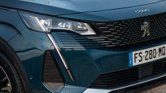 Nuova Peugeot 5008 2021, le nuove luci diurne a led