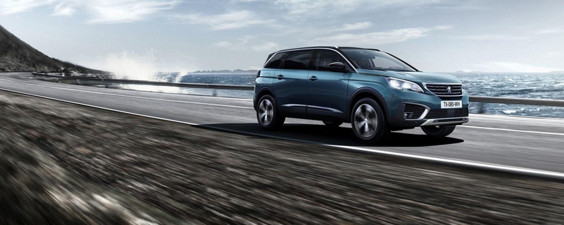 Nuova Peugeot 5008: la monovolume francese cambia forma e anima e diventa una suv