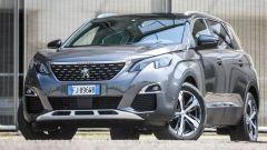 Nuova Peugeot 5008: la SUV francese a 7 posti
