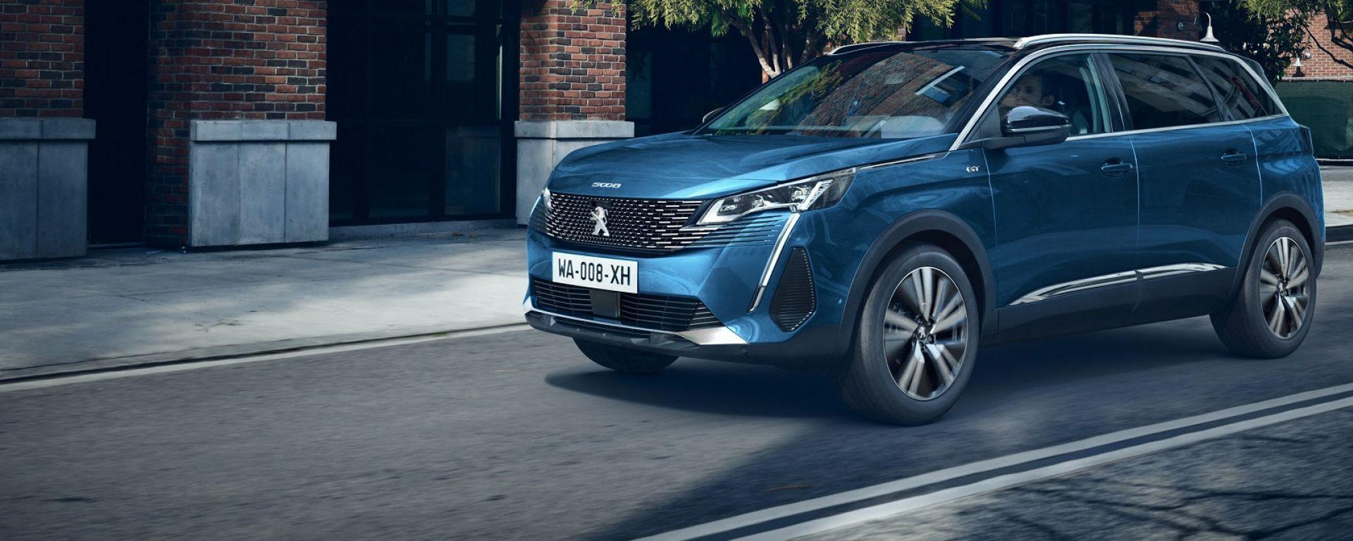 Nuova Peugeot 5008, prezzi da 31.750 euro