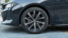 Nuova Peugeot 508 SW 2019 Allure: i cerchi Hirone da 18 pollici