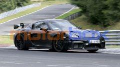 Nuova Porsche 718 Cayman GT4 RS: quasi priva di mimetizzazioni