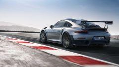 Porsche 911 GT2 RS: a Francoforte la 911 più potente di sempre - Immagine: 5