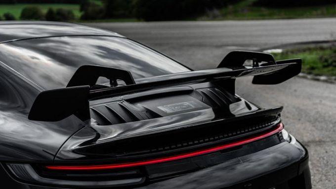 Nuova Porsche 911 GT3 2021: l'ala posteriore in primo piano