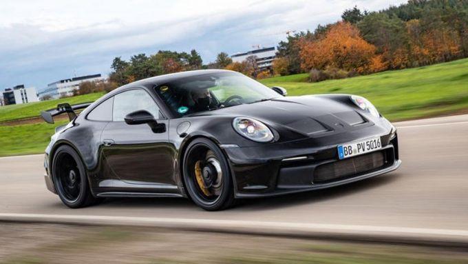 Nuova Porsche 911 GT3 2021: motore sei cilindri boxer aspirato da 510 CV