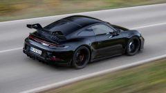 Nuova Porsche 911 GT3 2021: una vista dinamica dall'alto